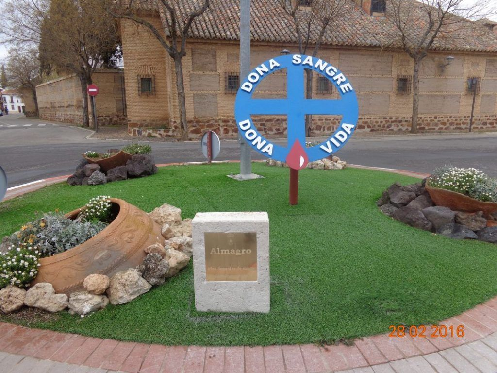 MONUMENTO A LOS DONANTES DE ALMAGRO